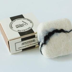 esponja lana virgen con jabón nutritivo leche de burra - Neathea