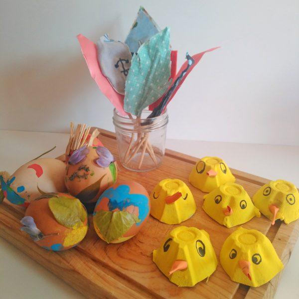 Decoración reciclada pastel de Pascua